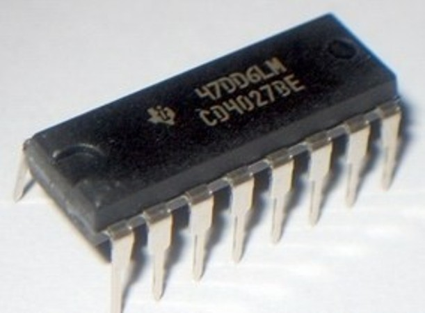 CD4027BE IC DUAL JK MASTER-SLV F/F 16-DIP
