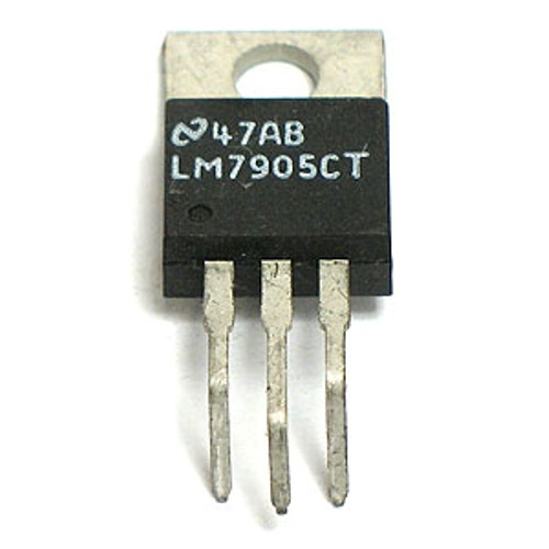 7905CT IC Regulador -5V 1.5A TO220