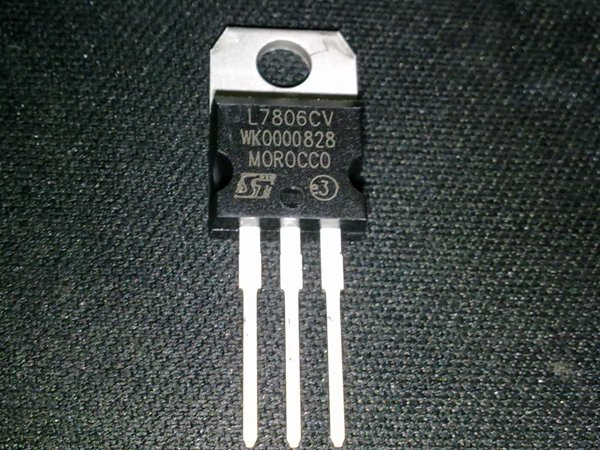L7806CV IC Regulador +6V 1.5A TO220